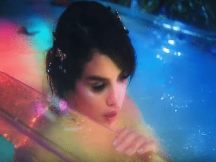 Фото из песни Rare - Selena Gomez №11
