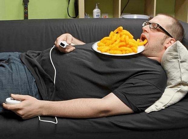Лень, диван и еда